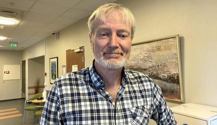 Jørund Fet har ansvar for skulevalet på Volda vidaregåande skule. Han trur det er ein fordel at elevane fekk sjå debatt fysisk.