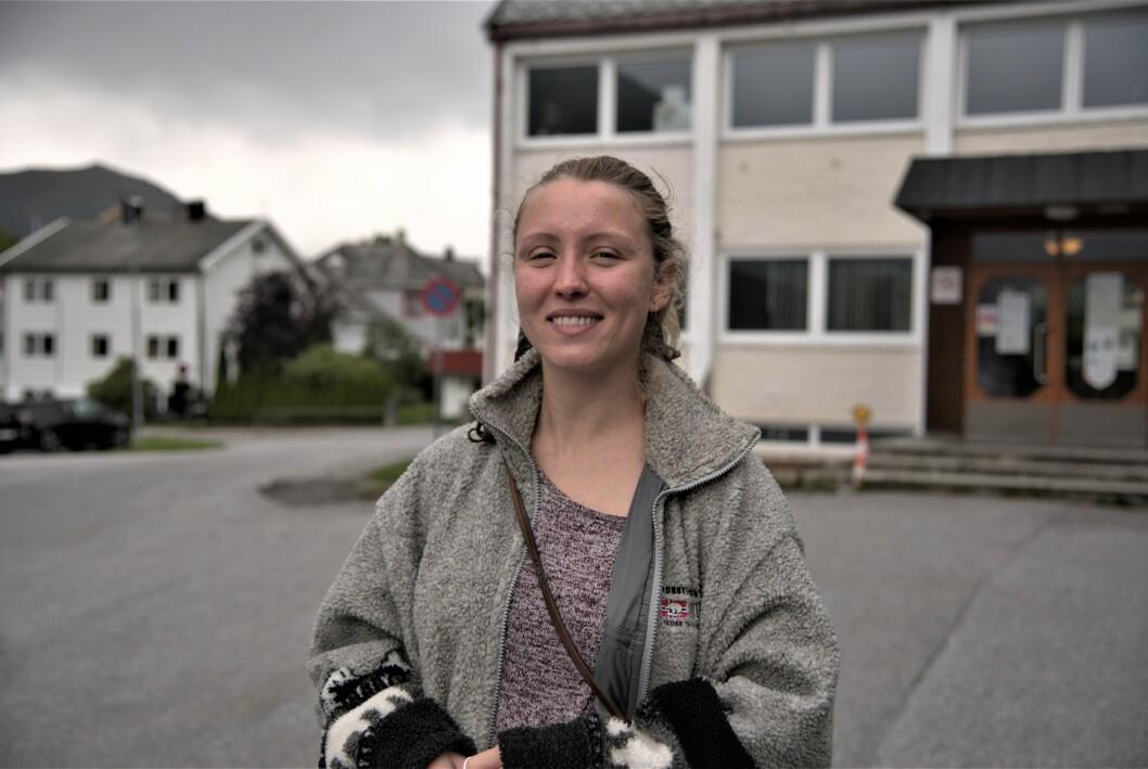 Hedvig Osen er tilhenger av forhåndstemming. Tirsdag ettermiddag benyttet hun seg av tilbudet i Volda.