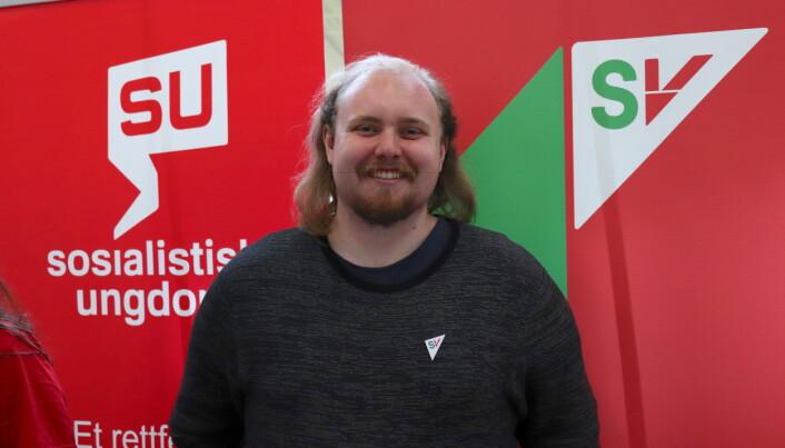 Petter Wadstensvik (SV) er både stortingskandidat og student. Han håper at flere unge bruker stemmeretten ved årets stortingsvalg.