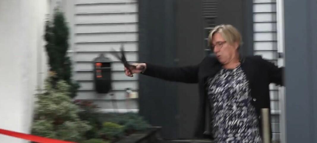 SE VIDEO: Her går ordføreren i bakken:– Jeg tåler en støyt!