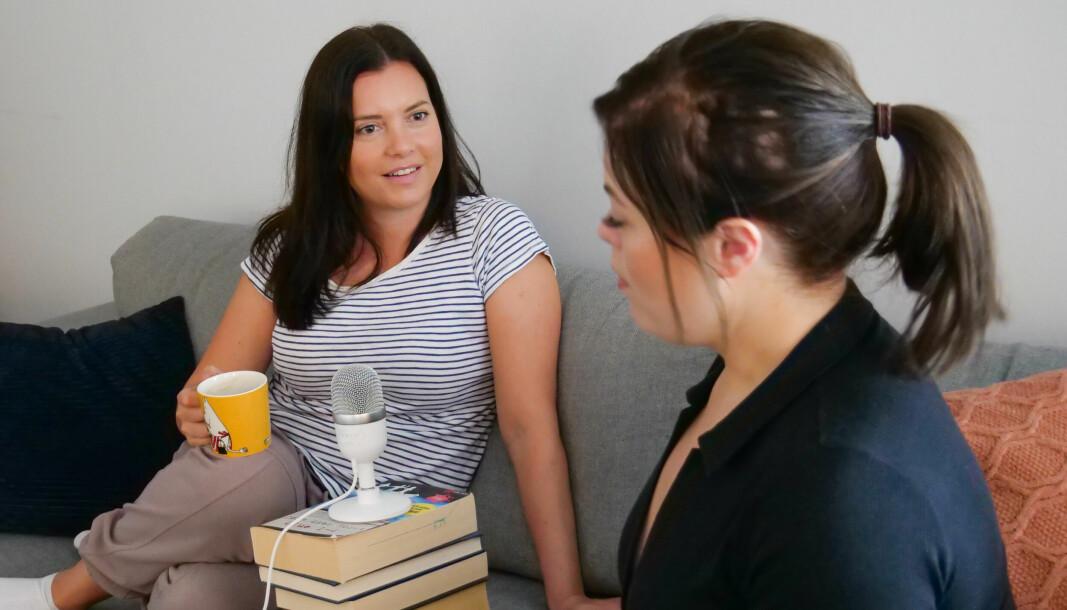 Andrea Velle Skjeret (36) og Mia Moldestad (33) opnar opp om oppturane og nedturane i livet i ny bygde-podkast.