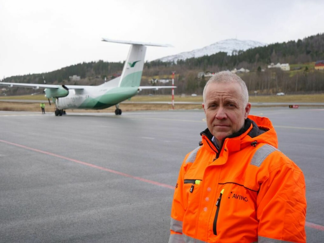 SJEF: Lufthavnsjef ved Ørsta-Volda lufthamn, Svein Arne Vik ser lysere på situasjonen enn dette ansiktsuttrykket viser.