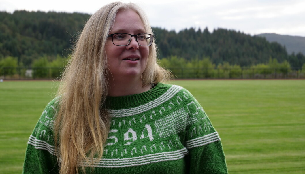 PÅ HØDDVOLL: – Da Karsten tok første VM-gullet i 2017 slo det meg at vi skulle hatt en genser for å hylle han, sier Linda Eikrem.