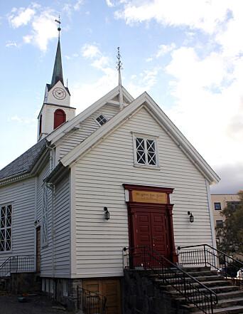 ULSTEIN KYRKJE: I denne kirken er det to kvinnelige prester: Margit Lovise Holte og Mirjam Håland